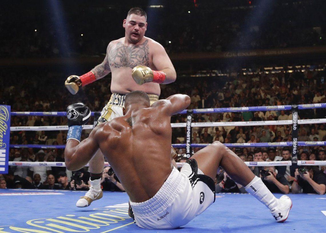 Una hazaña histórica: así fue el increíble nocaut de Andy Niño Gordo Ruiz al súper campeón pesado Anthony Joshua