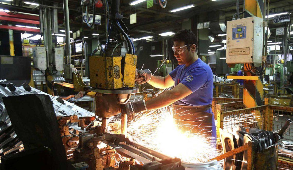Para la UIA, el gobierno habla de una salida a la recesión que no se está viendo