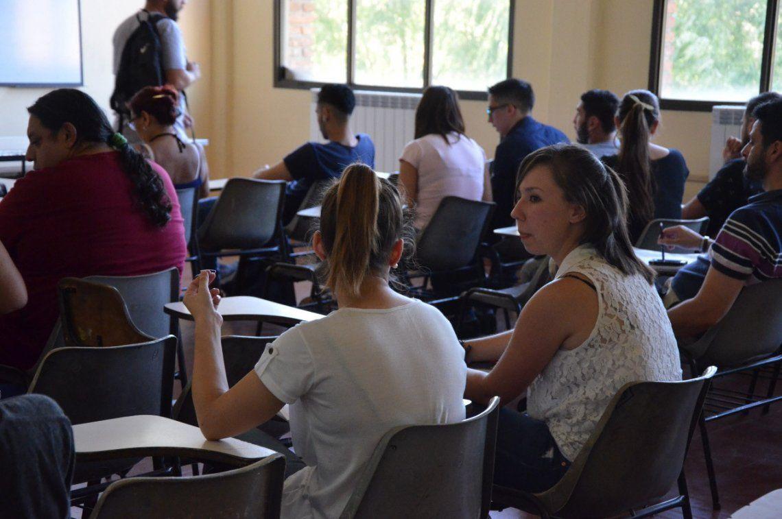 Participan alumnos de las facultades de Derecho y Ciencias Sociales.