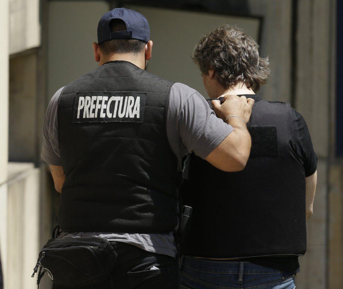 Avellaneda: Prefectura decomisó cocaína y marihuana y detuvo a 50 personas