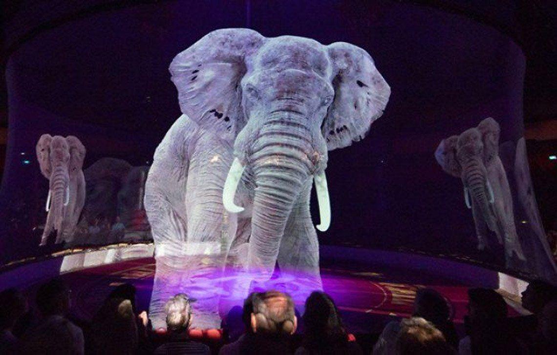 En fotos: el mágico circo alemán que usa hologramas en lugar de animales