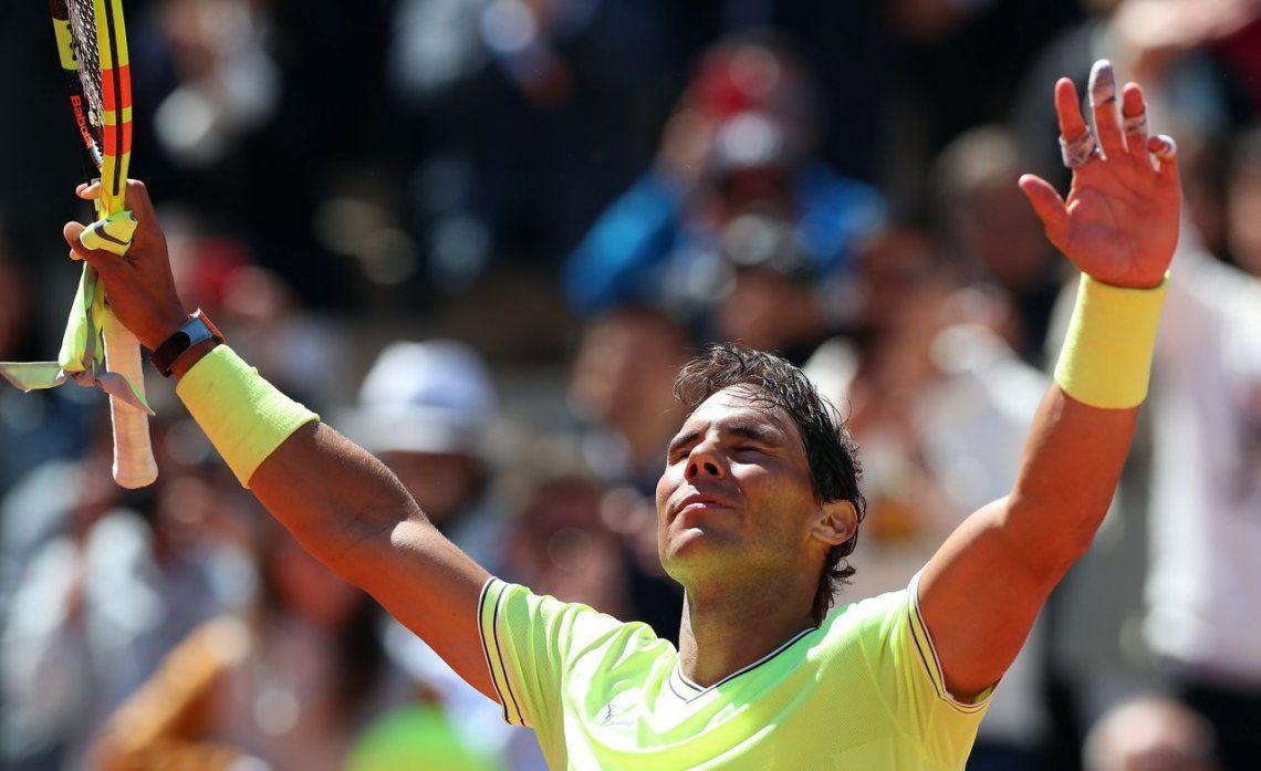 Rafael Nadal aplastó a Roger Federer y jugará una nueva final en Roland Garros