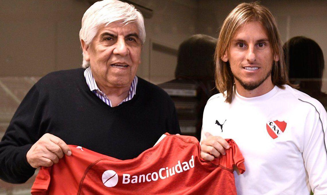 Beccacece fue presentado por Hugo Moyano como nuevo técnico de Independiente : Vengo a seguir creciendo