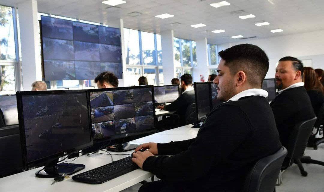 El nuevo espacio duplicó los puestos para observar las cámaras de seguridad del anterior centro de monitoreo.