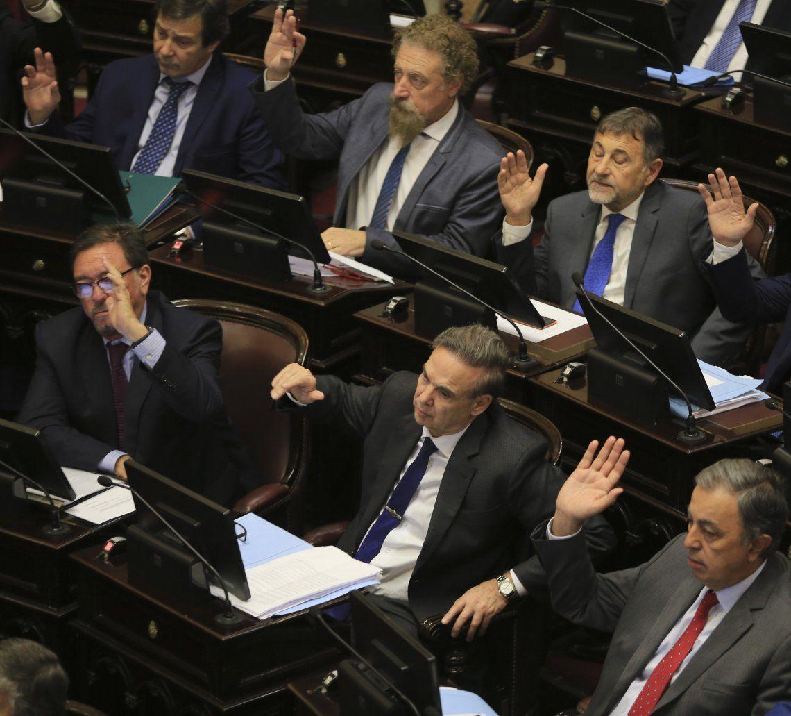 Por primera vez desde 2002 Pichetto dejará de presidir el bloque peronista.