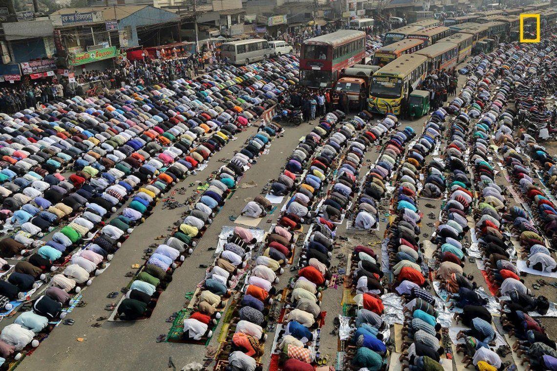 Streets of Dhaka de Sandipani Chattopadhyay