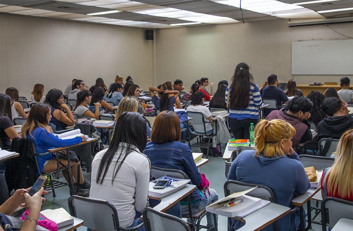 La Universidad Nacional de Almirante Brown abrió la preinscripción