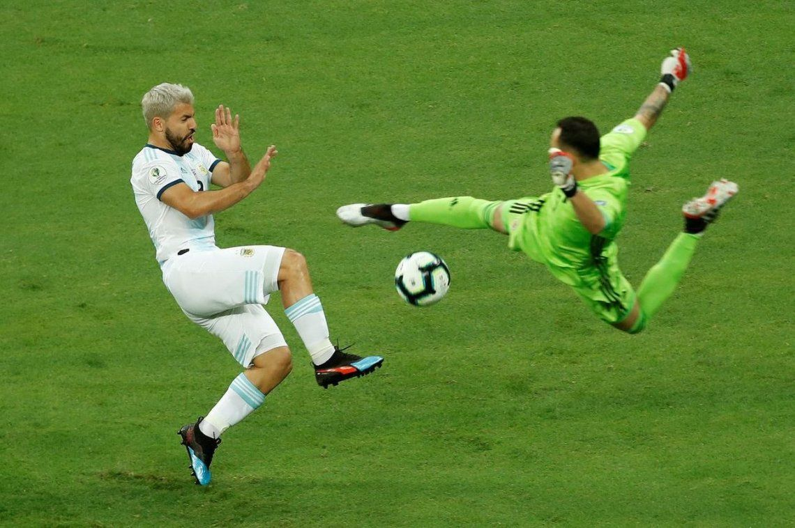 Una lágrima: Argentina cayó sin atenuantes ante Colombia en el debut