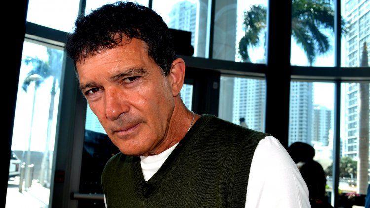 Antonio Banderas: Fue complicado hacer de Almodóvar