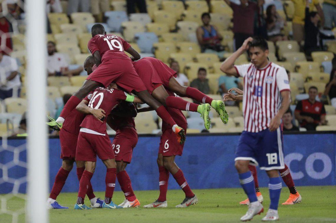 Argentina última: Qatar empató con Paraguay