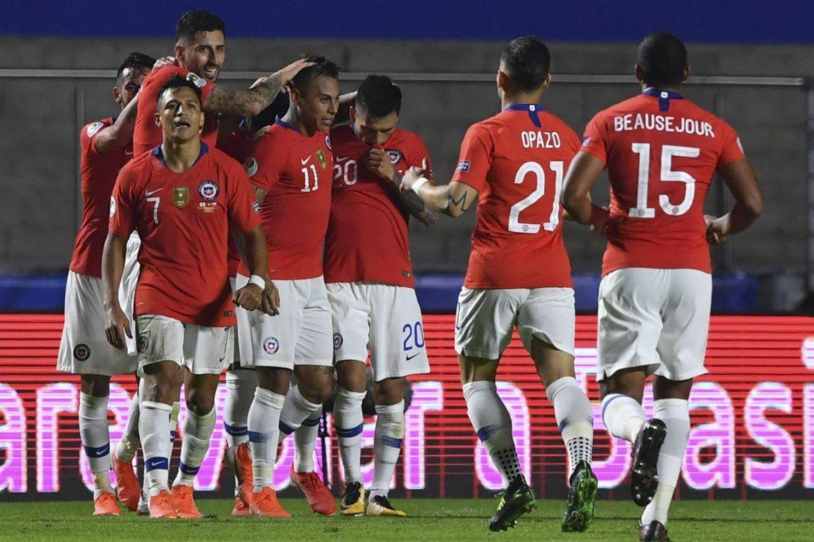 Copa América: el bicampeón Chile empezó con una goleada sobre Japón