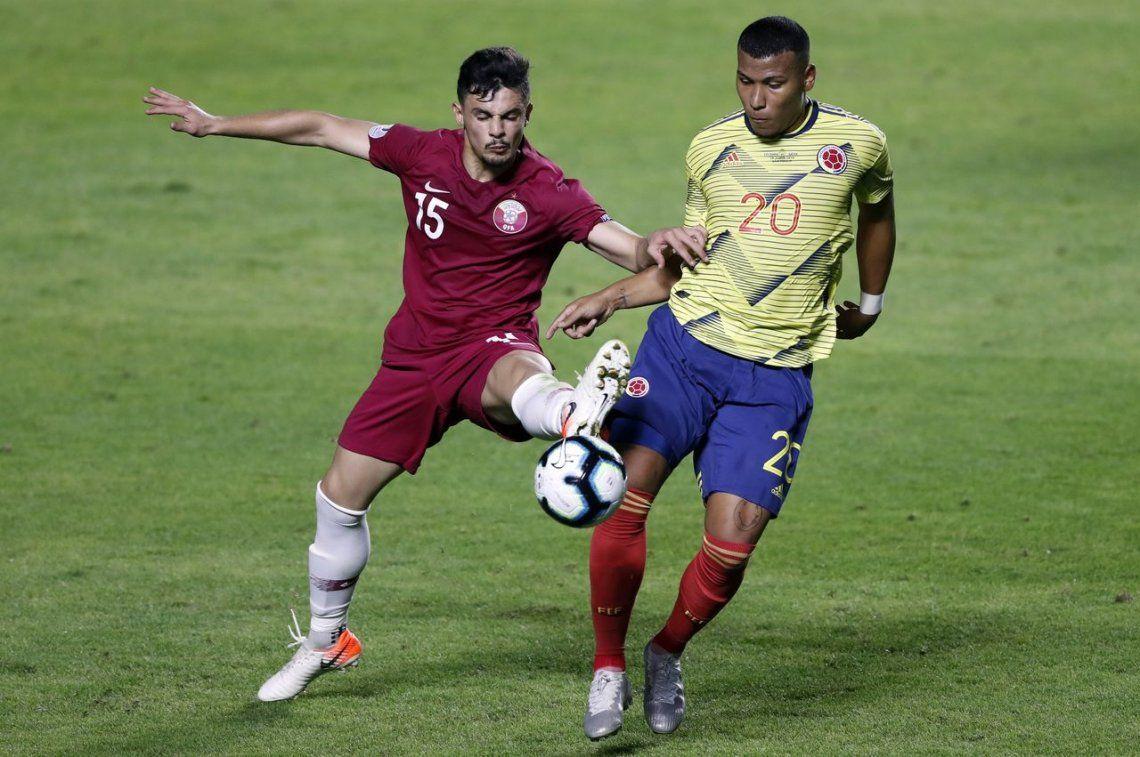 Colombia venció a Qatar en el final y ya está clasificado a cuartos en el grupo de Argentina