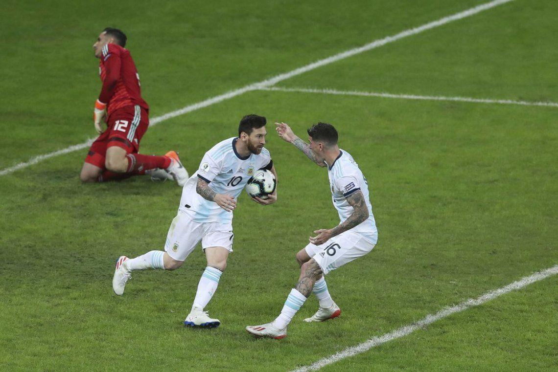 El VAR le dio una mano a Argentina y así empató la Selección