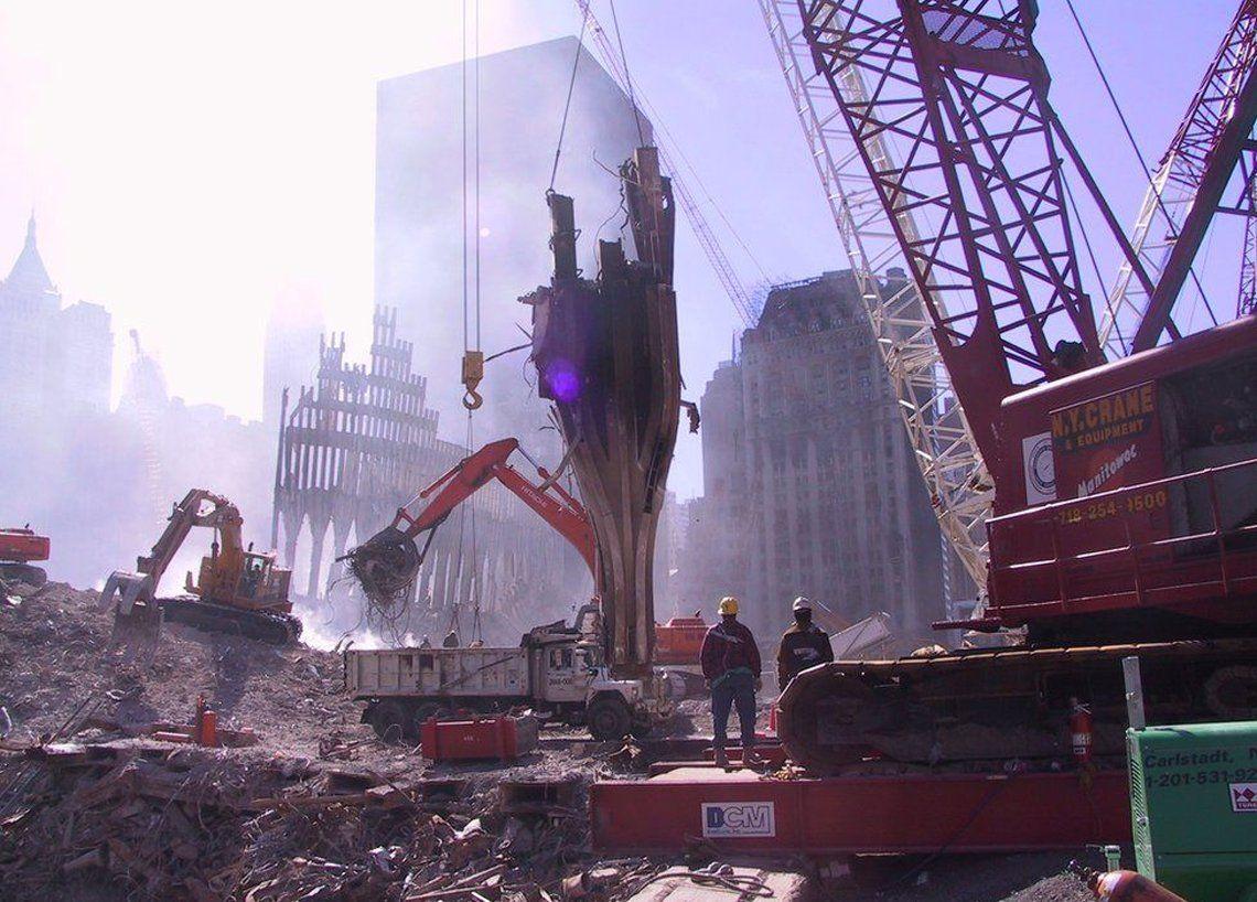 Encuentran fotos inéditas del 11-S en CDs viejos