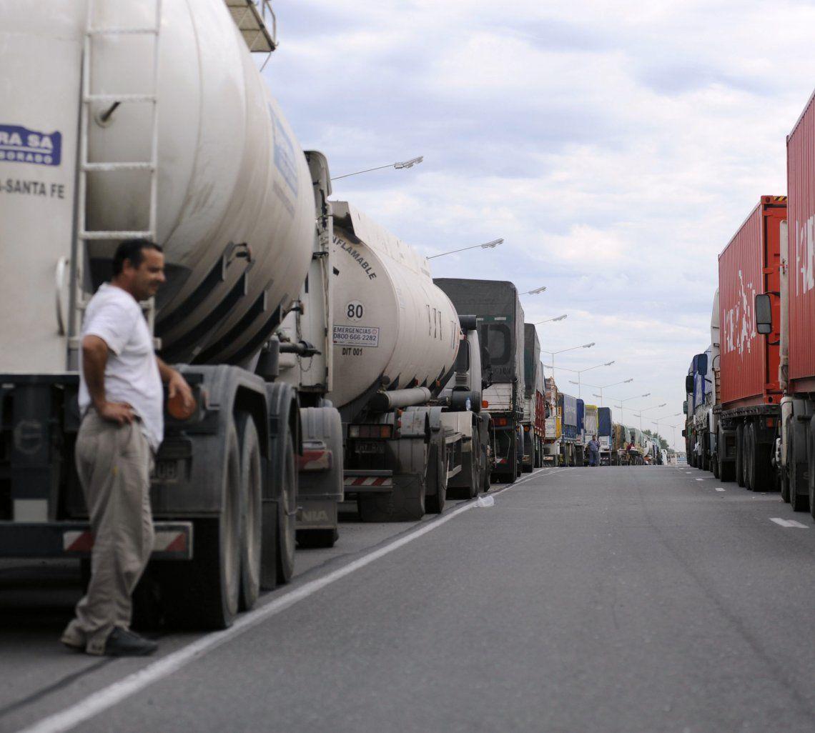 Empresarios del transporte de carga le respondieron a Macri.