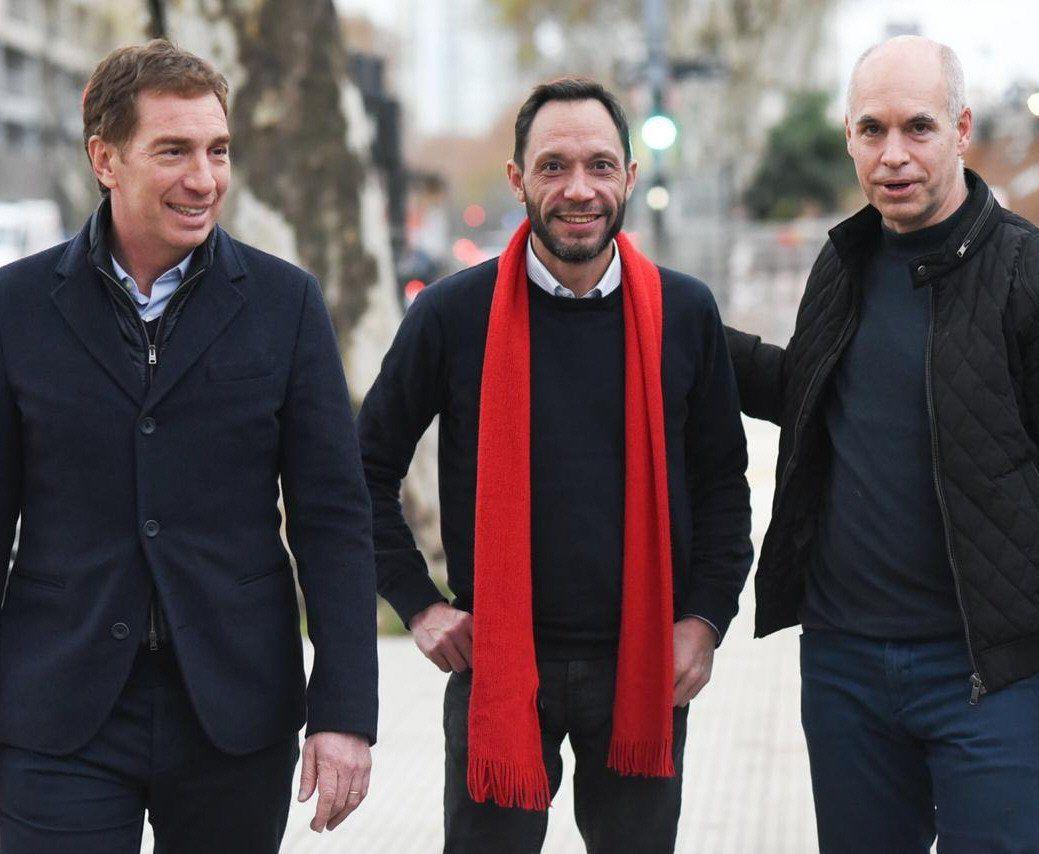 Santilli y Larreta acompañan al primer candidato a diputado nacional por la Ciudad