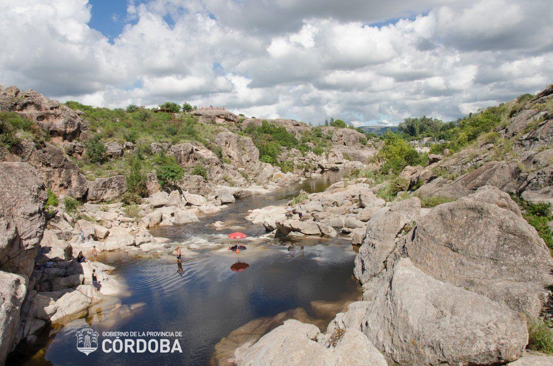 Río Mina Clavero: una de las siete maravillas de la Argentina