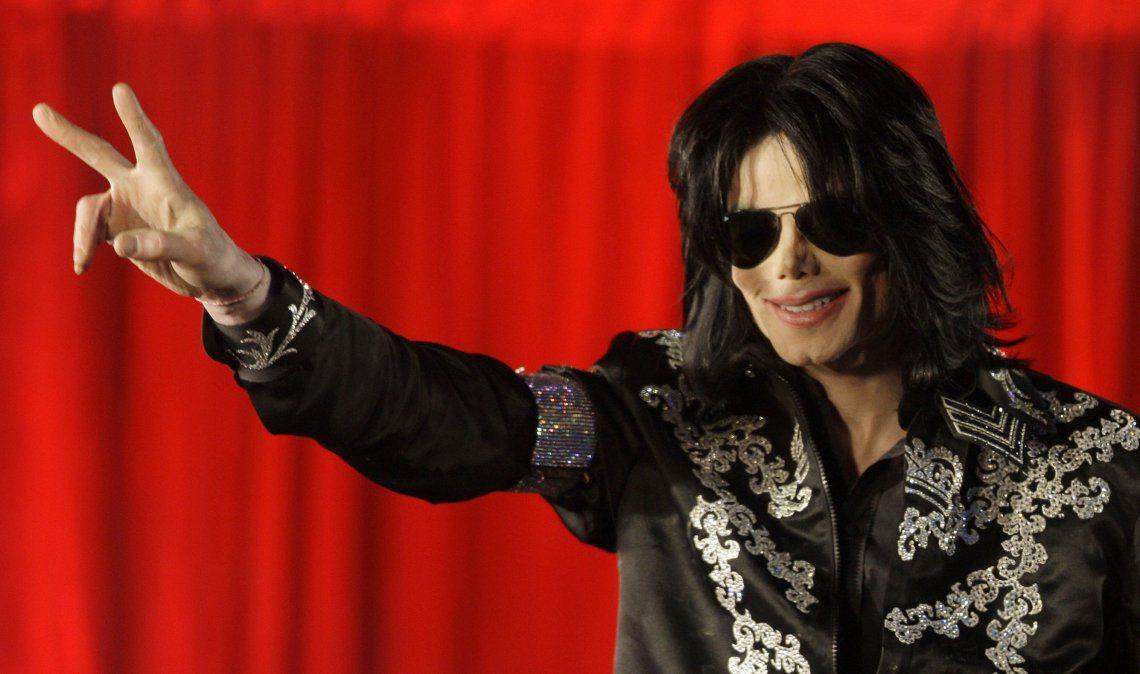 Jackson fue tan adorado por su música como cuestionado por sus excentricidades y presuntos abusos infantiles.
