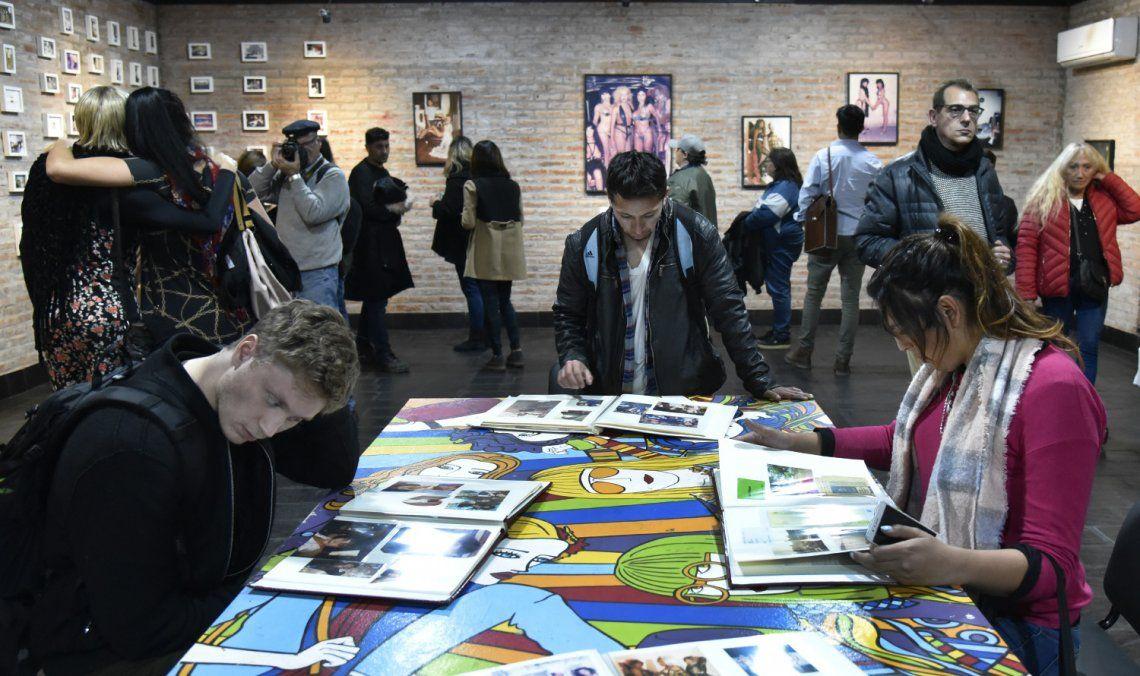 Las actividades comenzaron con una exposición fotográfica y de material histórico.