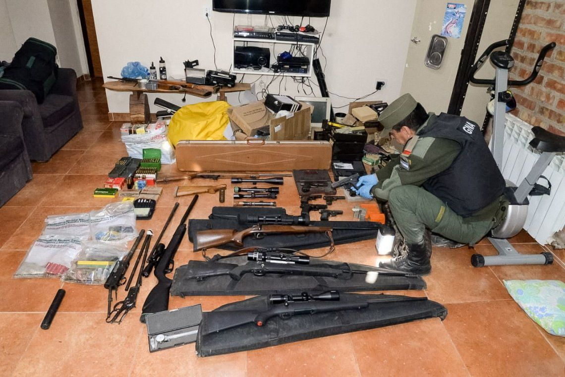 En un megaoperativo histórico, secuestraron más de mil armas