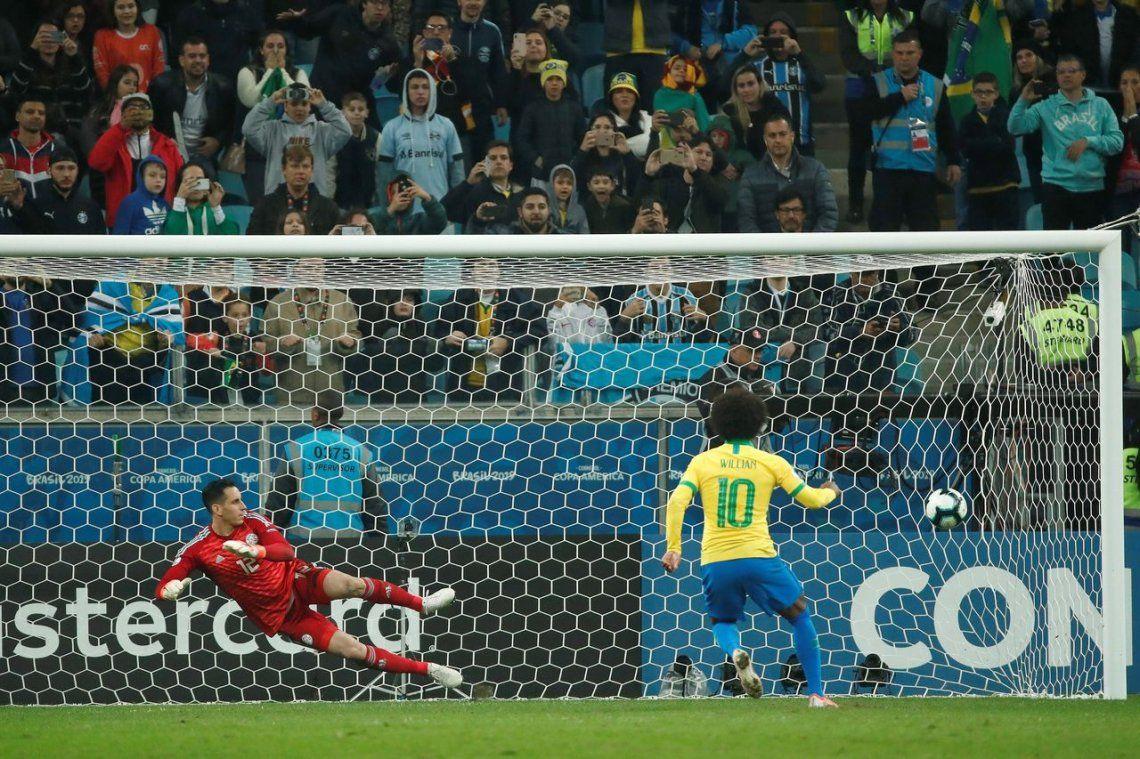 Sufrió y pasó: Brasil derrotó a Paraguay en los penales y es semifinalista de la Copa América