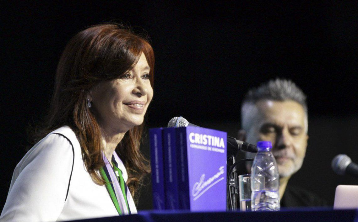 Cristina presentó su libro en Chaco.
