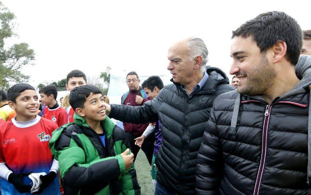 Lanús: se presentó el programa Vamos los Pibes