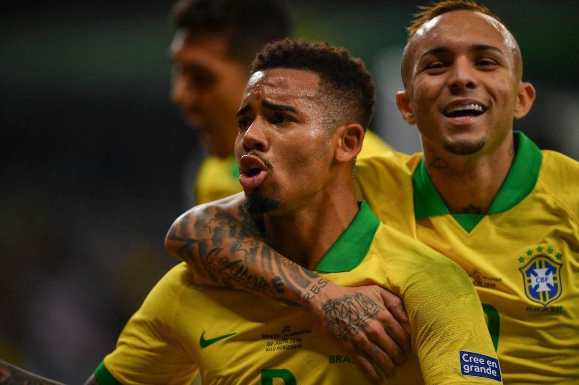 Así fueron los dos goles de Brasil frente a Argentina