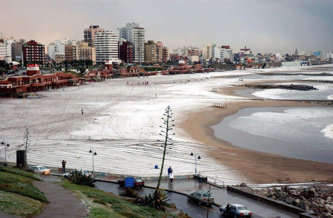 ¿Se viene un fin de semana largo con nieve en la Costa Atlántica bonaerense?