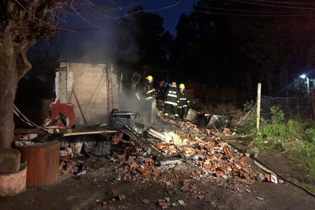 Tragedia en Pilar: cinco nenes murieron en un incendio