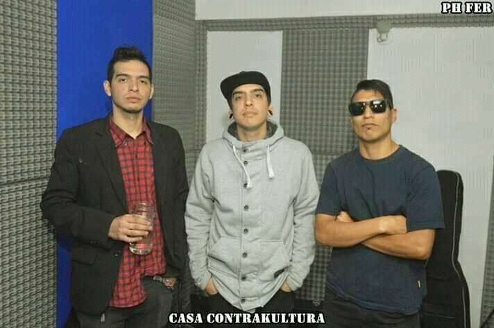 Amartillazos contesta con hardcore punk