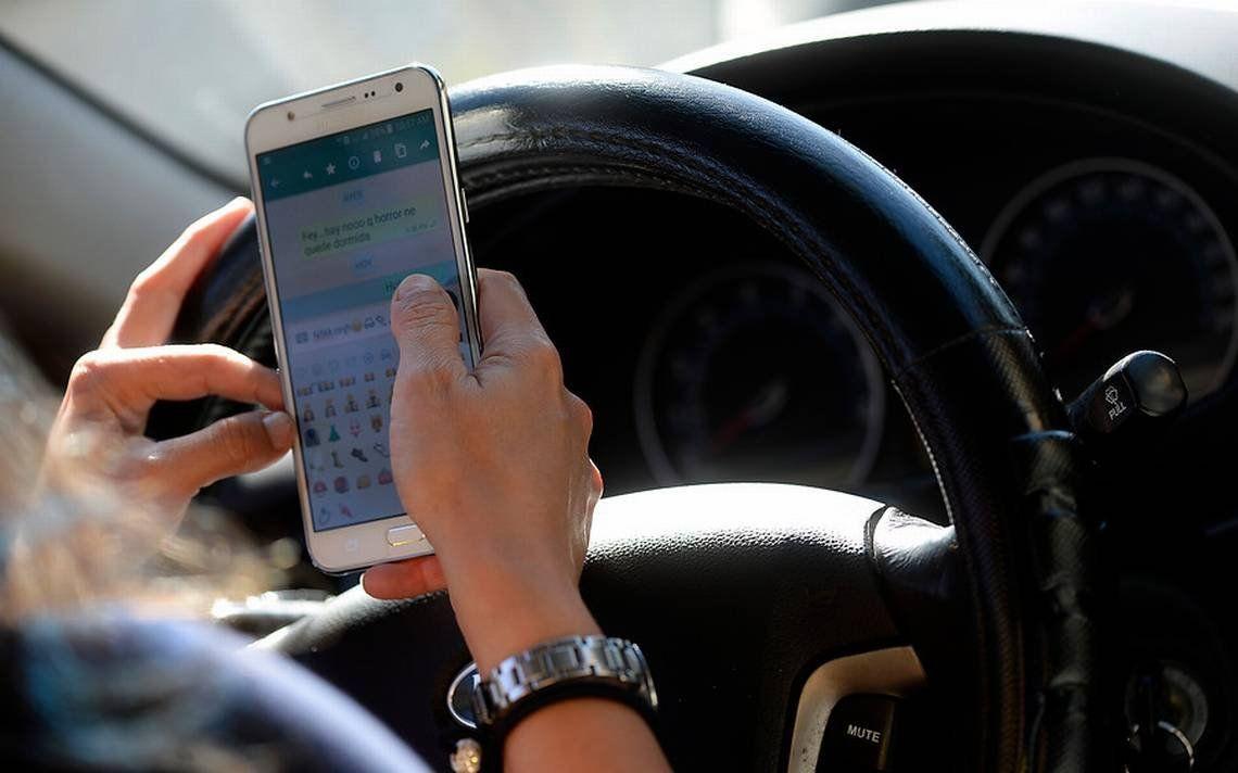 Preocupante: casi la mitad de los conductores argentinos admite usar celular mientras maneja