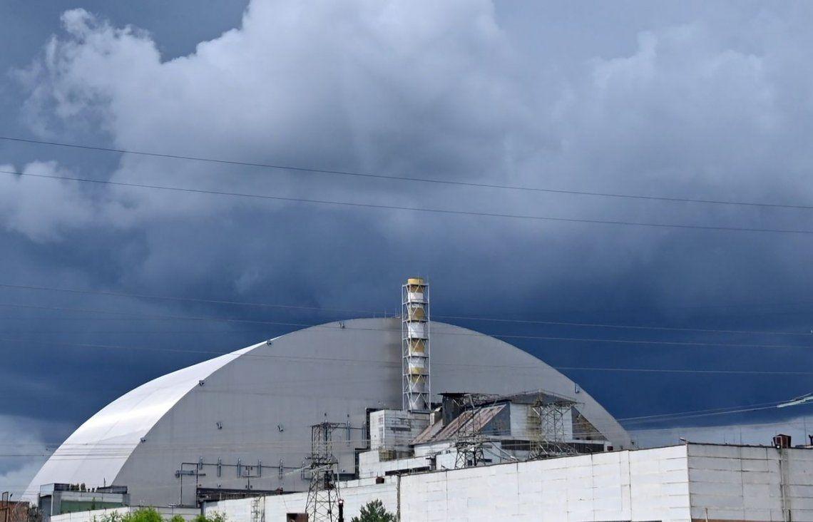 Chernobyl: inauguran la nueva cúpula gigante que cubre el reactor accidentado