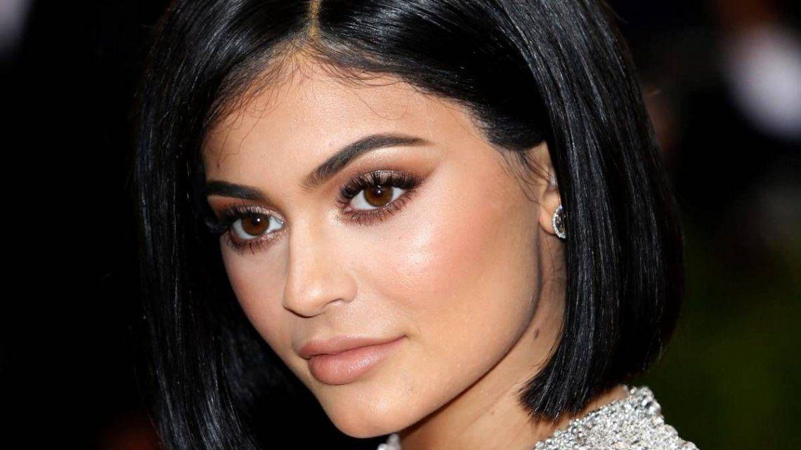 2 - Kylie Jenner |170 millones de dólares. A sus 21 años
