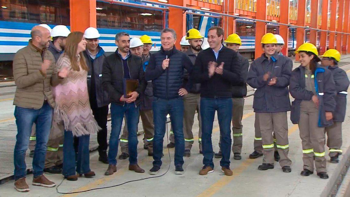 Macri y Vidal reinauguraron los talleres ferroviarios de Tolosa