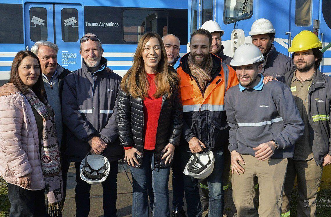 Llavallol: María Eugenia Vidal supervisó tareas en taller ferroviario