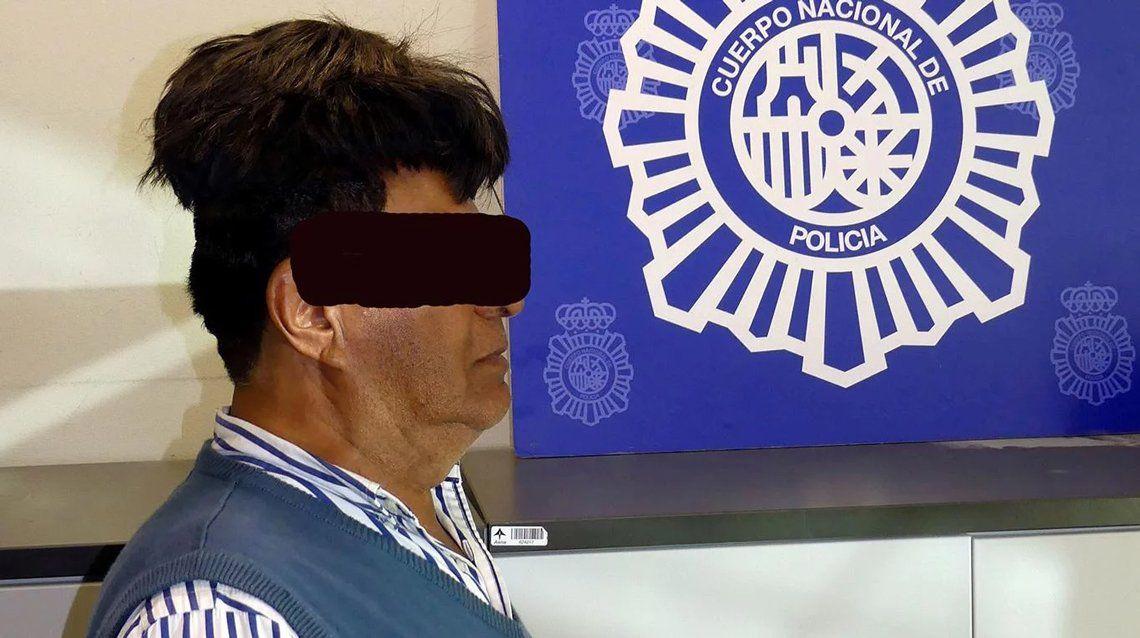 Detienen a colombiano con medio kilo de cocaína en su peluca
