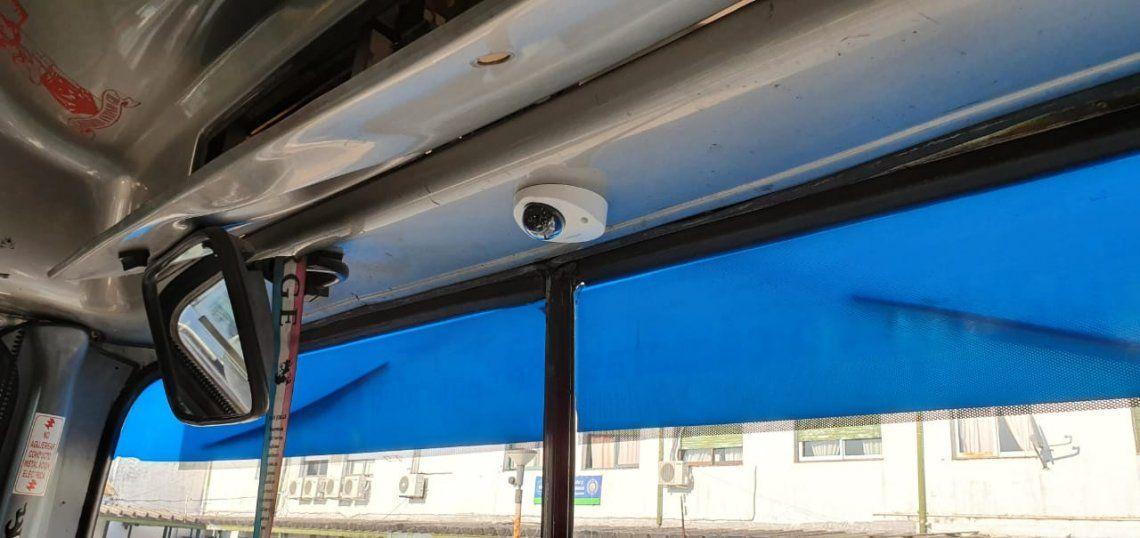 Comienzan a instalarse cámaras de seguridad en colectivos