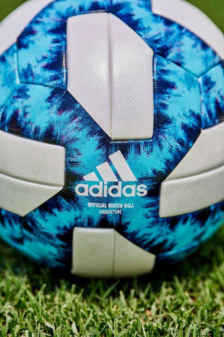 {altText(#Argentum19 , la pelota que se utilizará en el fútbol argentino,Conocé el nuevo modelo de la pelota del fútbol argentino: la
