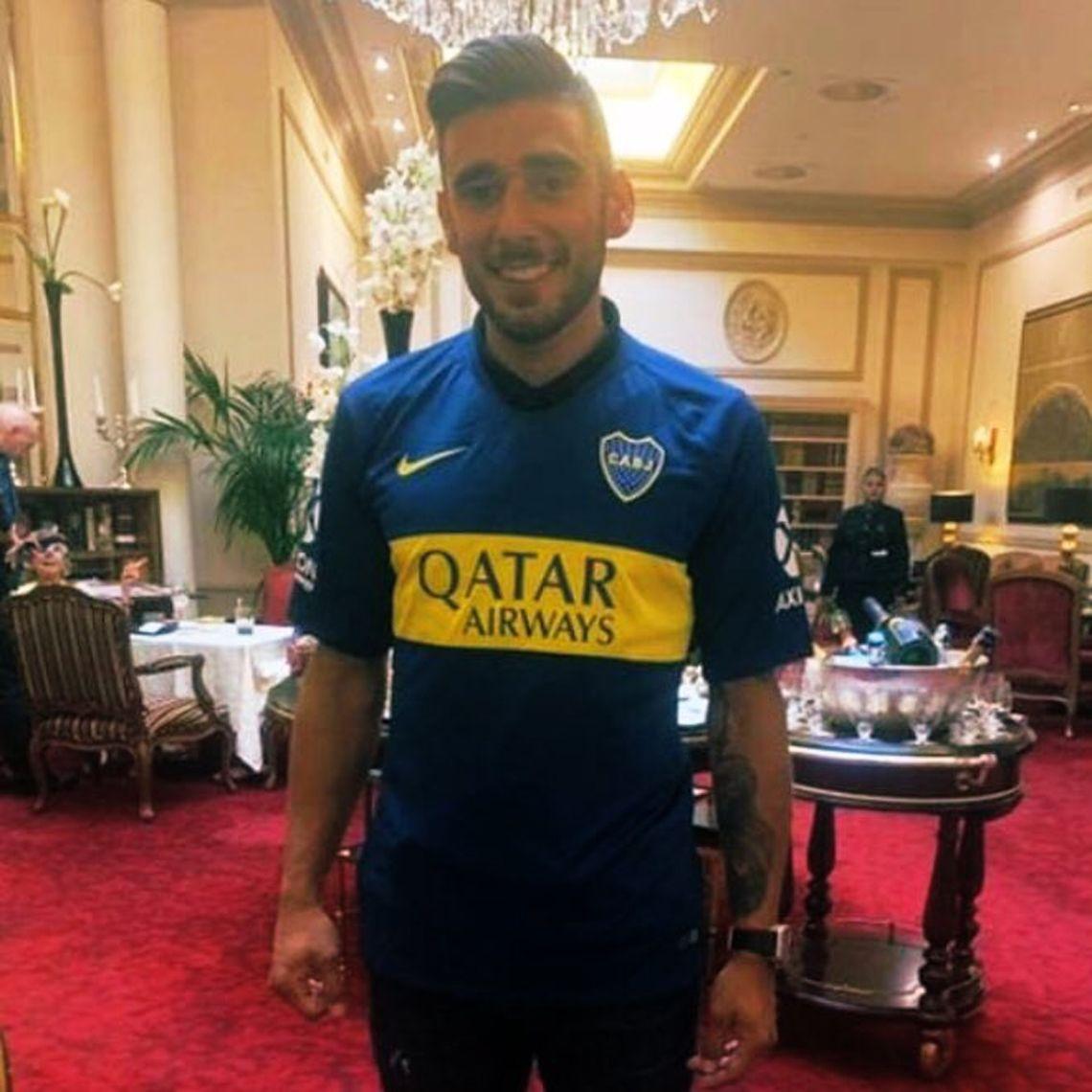 Salvio llegó a la Argentina y ya se lo vio con la camiseta de Boca