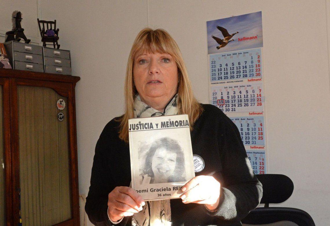 A 25 años del atentado a la AMIA | Adriana Reisfeld, familiar de una víctima y presidenta de Memoria Activa: Con la causa AMIA una está frustrada permanentemente