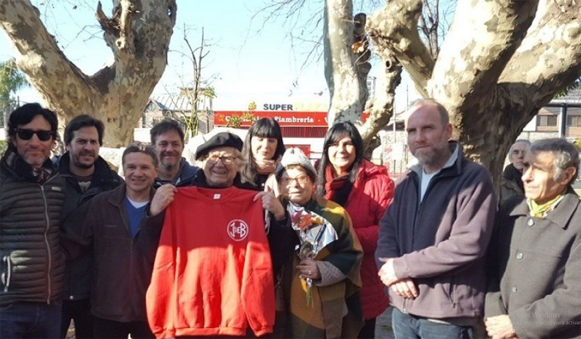 Quilmes: Adolfo Pérez Esquivel visitó el Club Juventud de Bernal