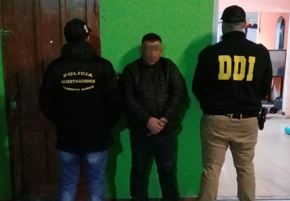 El detenido es el ex convicto y barra de Tristán Suárez