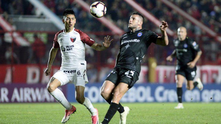 Colón eliminó a Argentinos Juniors en los penales y avanzó a cuartos