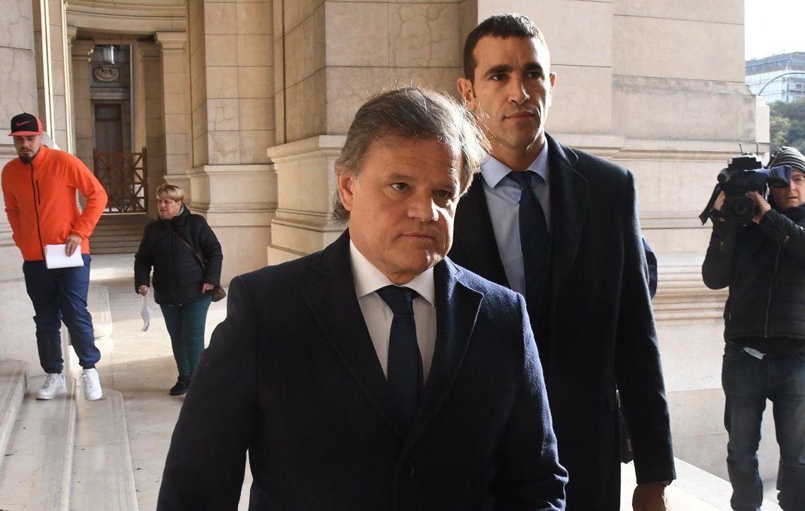 Enrique Sacco, pareja de Vidal, dio positivo por coronavirus y cerraron Radio del Plata para desinfectar