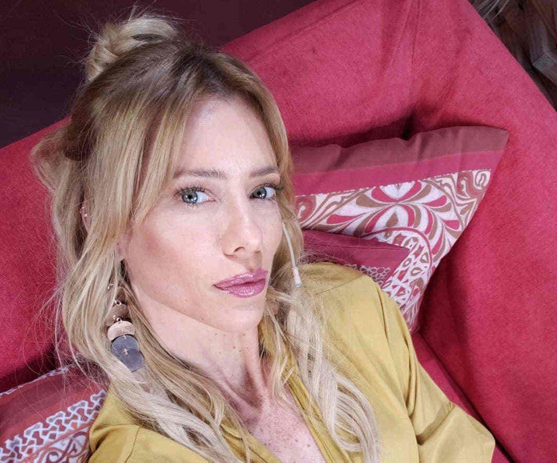 Nicole dice que sus hijas le manifestaron que tenían buen trato en lo de su ex y Mica pero ahora está preocupada.