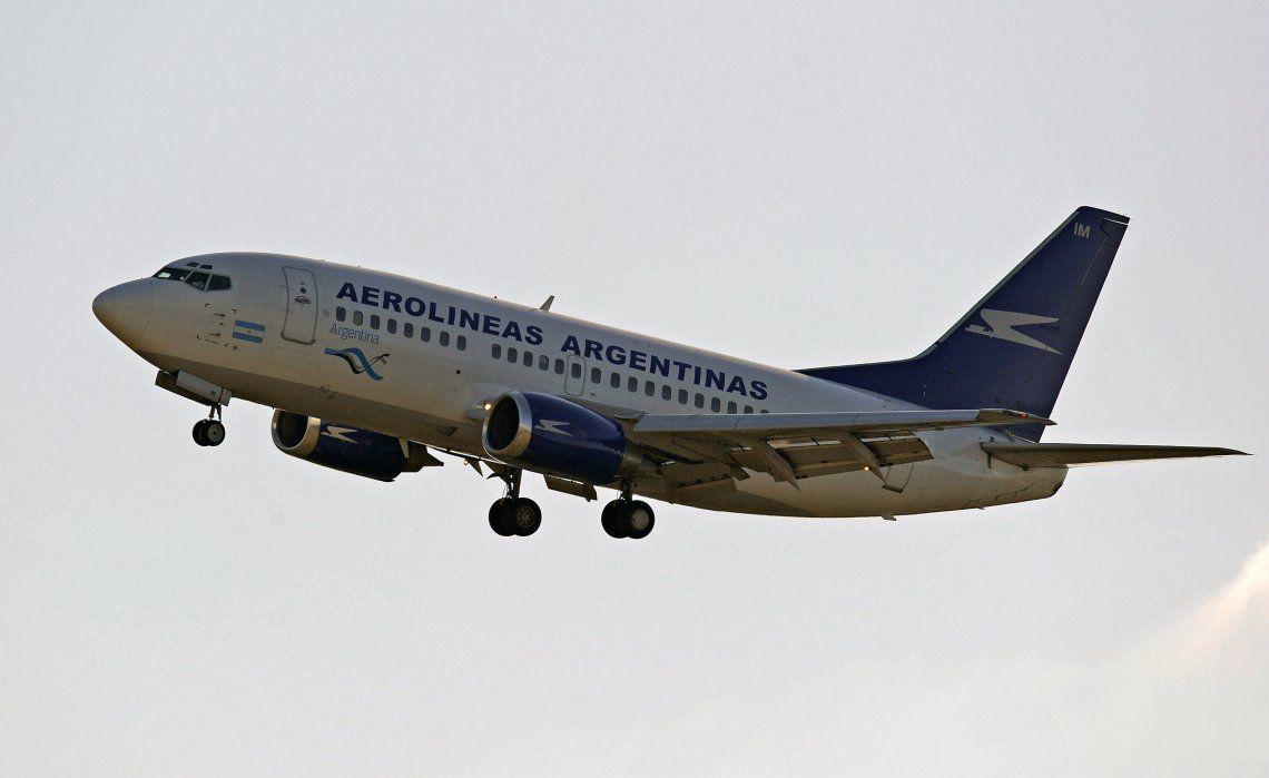 Los pilotos resolvieron no seguir leyendo proclamas en el final de los vuelos