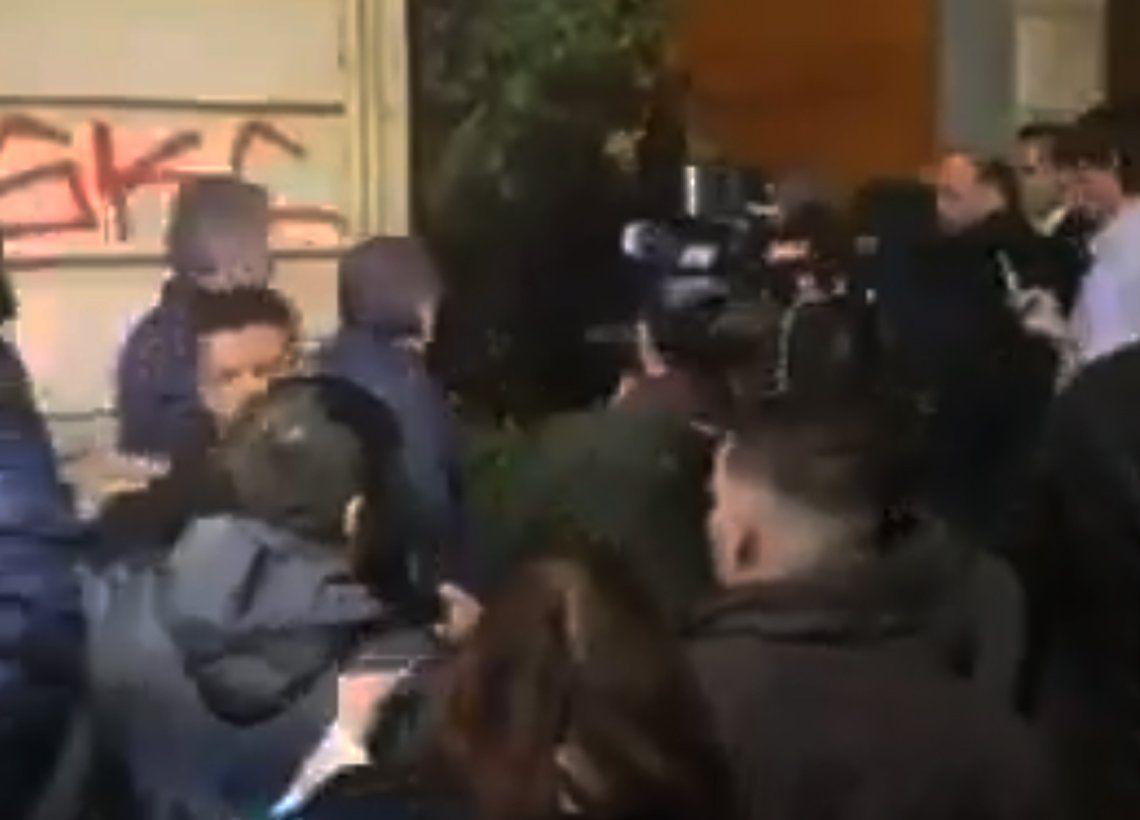 Mauricio Macri fue increpado por un hombre  en Córdoba