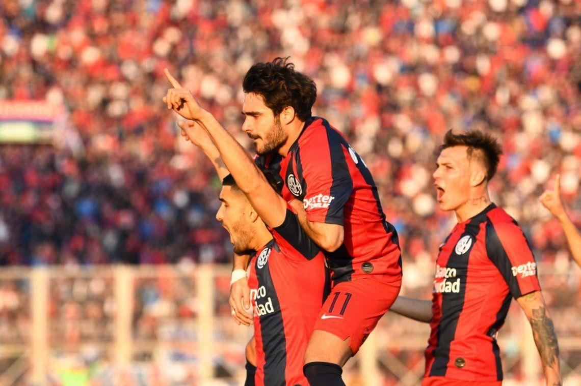 En un partidazo, San Lorenzo venció a Godoy Cruz gracias a un penal inexistente