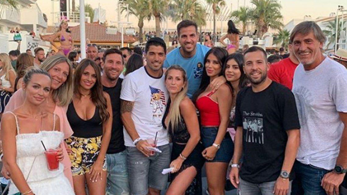 Cada vez más Maradonizado: Messi se fue de fiesta con Antonella, metió cantito y baile a la cámara